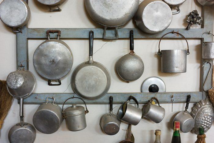 Les casseroles en aluminium causent l'Alzheimer