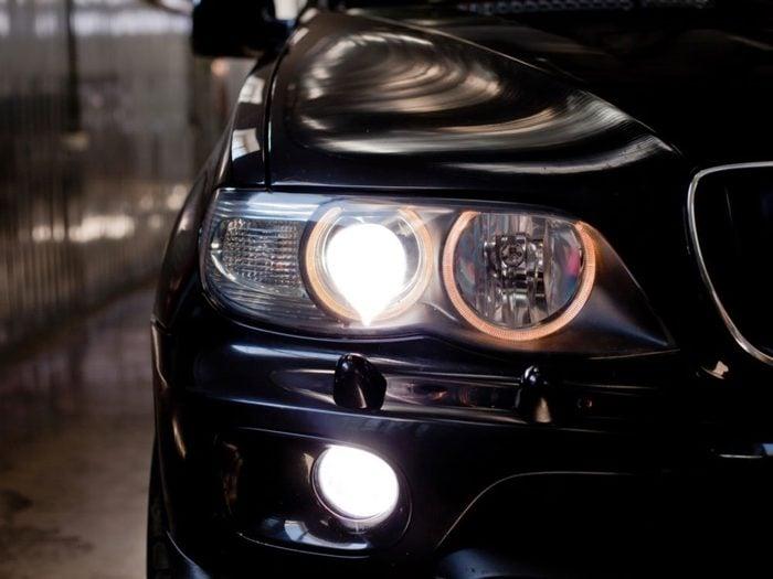 Vos phares D.E.L. sont excessivement lumineux?