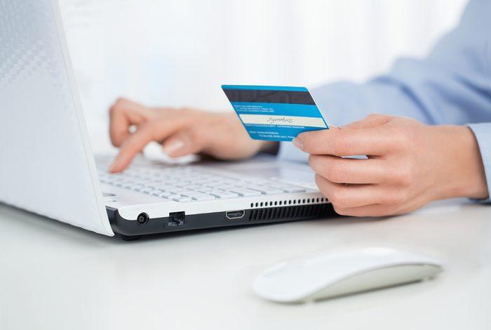 Payez votre carte de crédit à temps