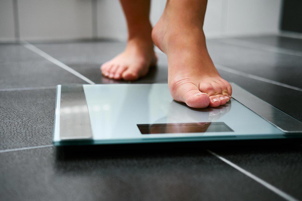 Pour faire baisser son taux de cholestérol, il faut parfois perdre du poids.