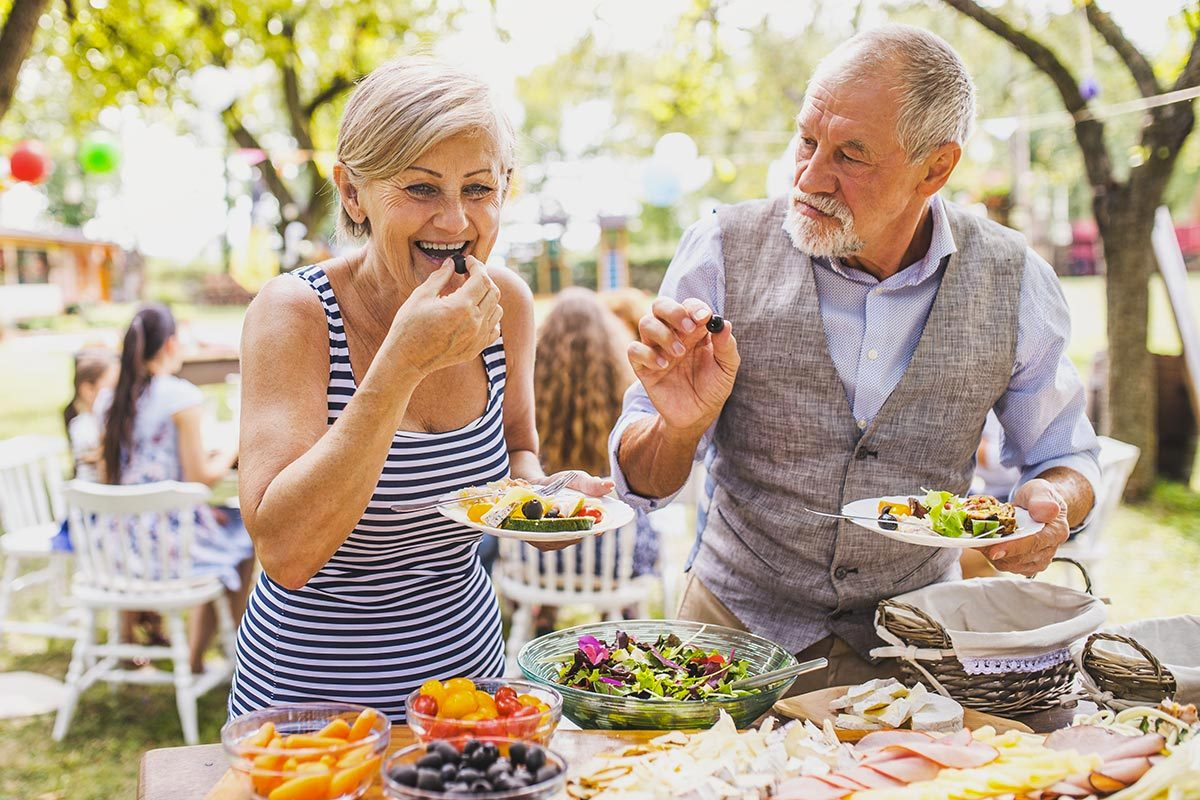 Pour faire baisser son taux de cholestérol, il faut surveiller son alimentation.