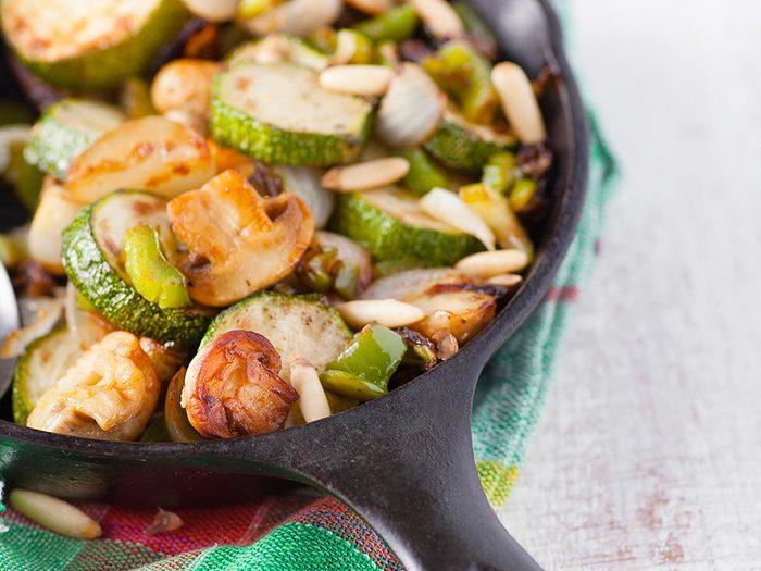 Recette de tofu aux légumes et sauce.