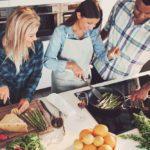 Cuisinez en famille et entre amis au cours de la fin de semaine
