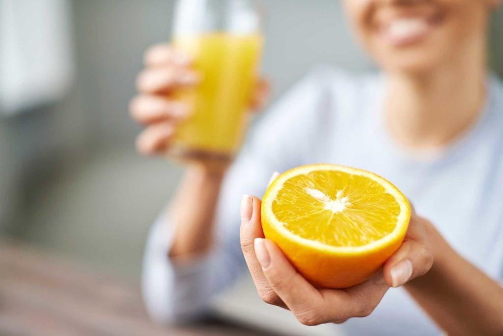 Le jus d'orange limitela sécheresse buccale