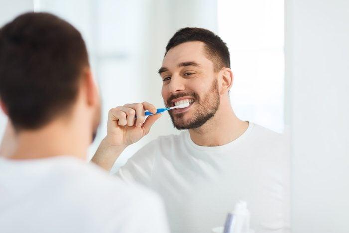Brosse à dents à soies souples