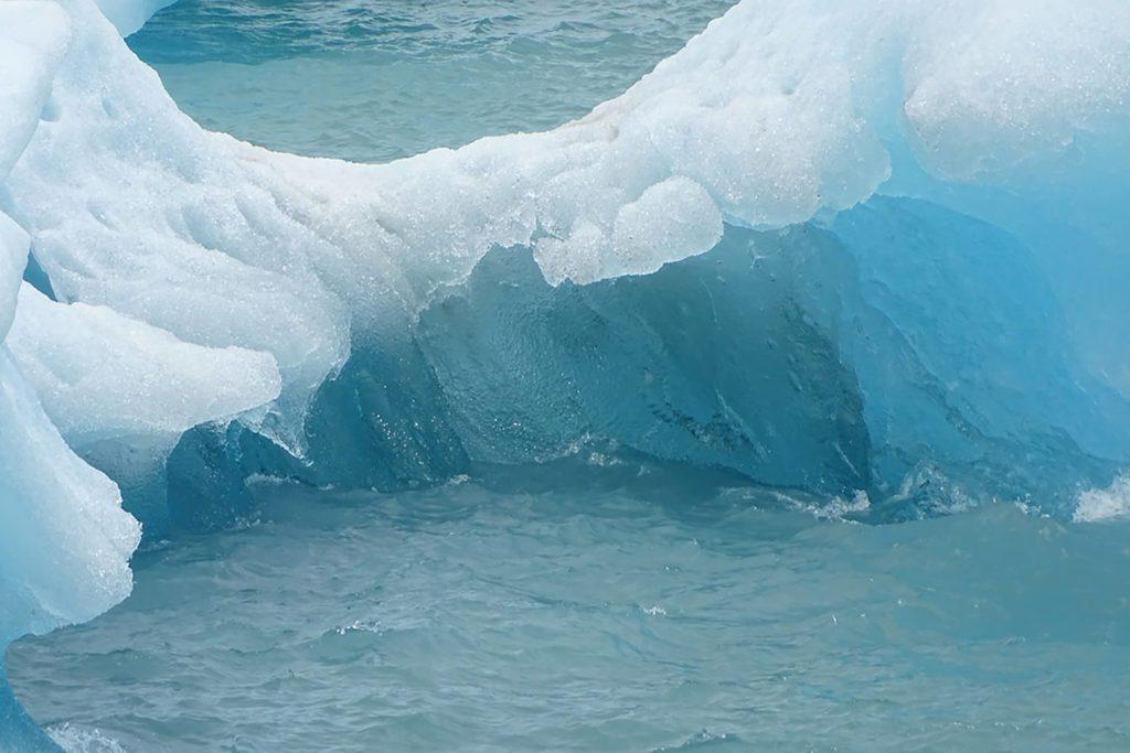 L'eau peut exister simultanément en trois états