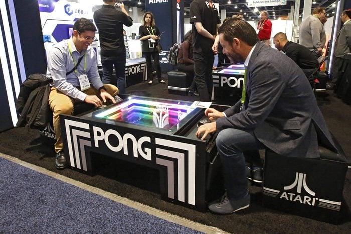 1974 – Pong