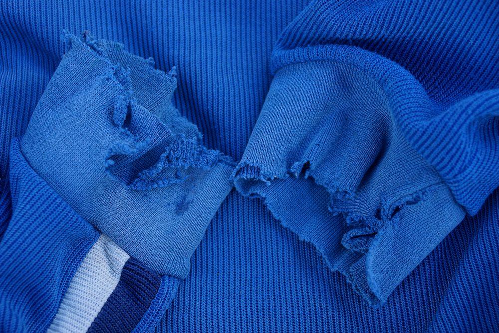 Recyclez vos vêtements abîmés