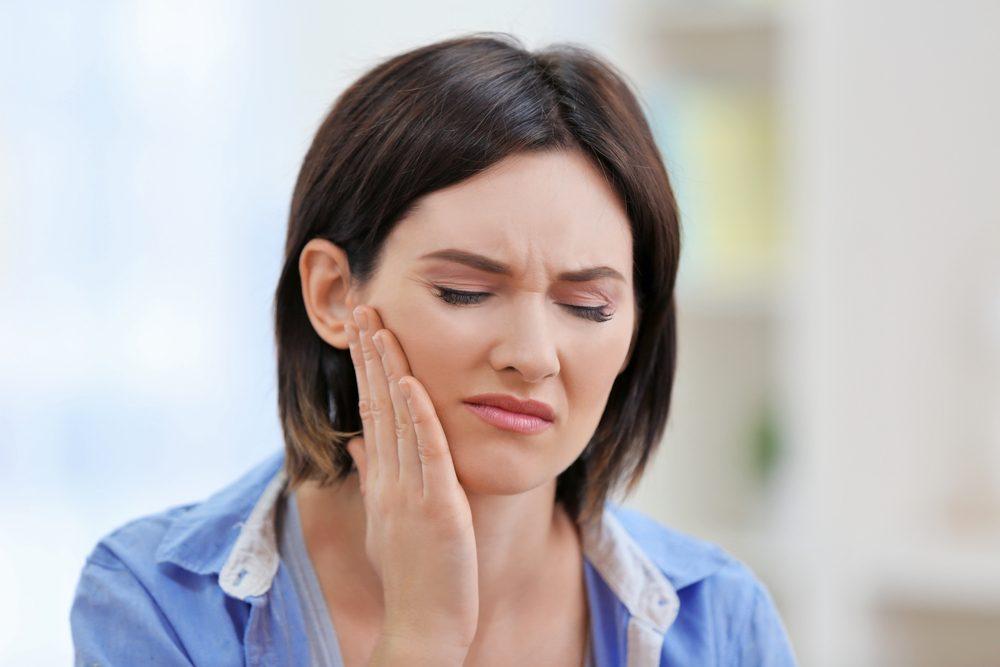 Douleurs liées aux dents de sagesse ou à la région avoisinante