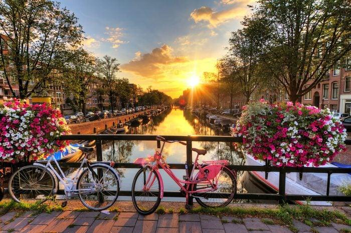 Roulez en vélo à travers Amsterdam