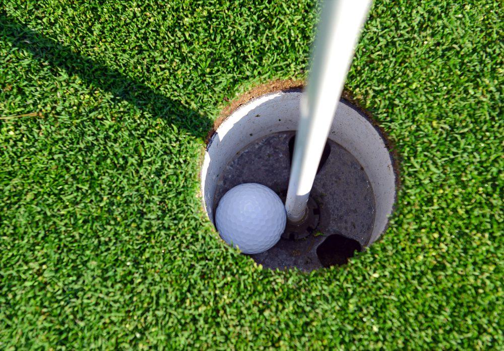 Assurance pour un trou d'un coup au golf