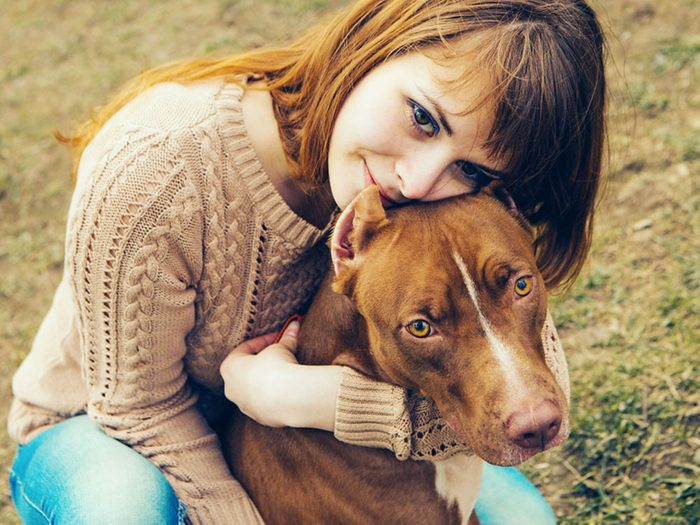 Votre chien sait quand vous avez besoin d'être protégé.
