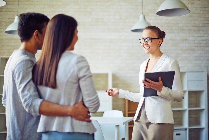 Ne choisissez pas un inspecteur en bâtiments recommandé par votre agent immobilier.
