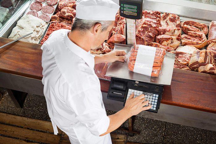 Votre supermarché peut trancher la viande de votre choix.