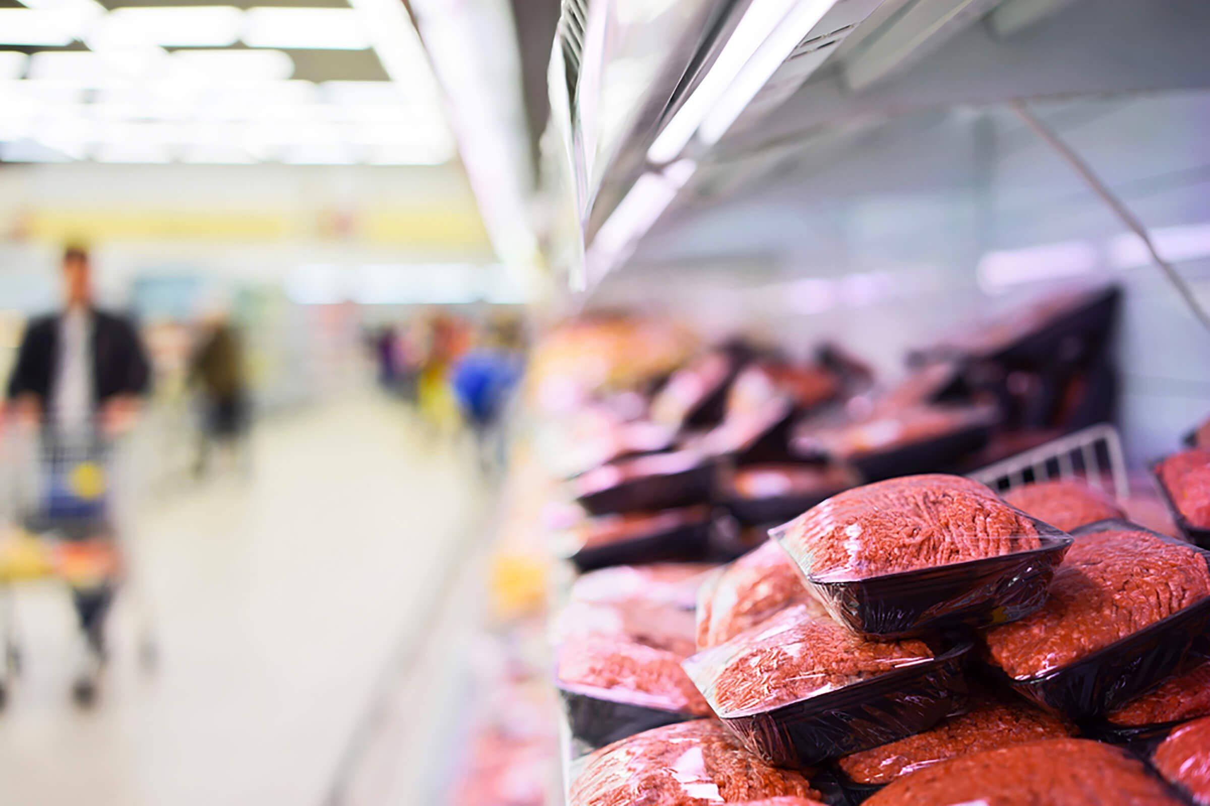 Supermarché : attention aux viandes hachées préemballées.