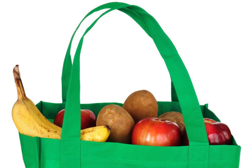 Trucs et astuces pour économiser: Réutilisez vos sacs d'épicerie