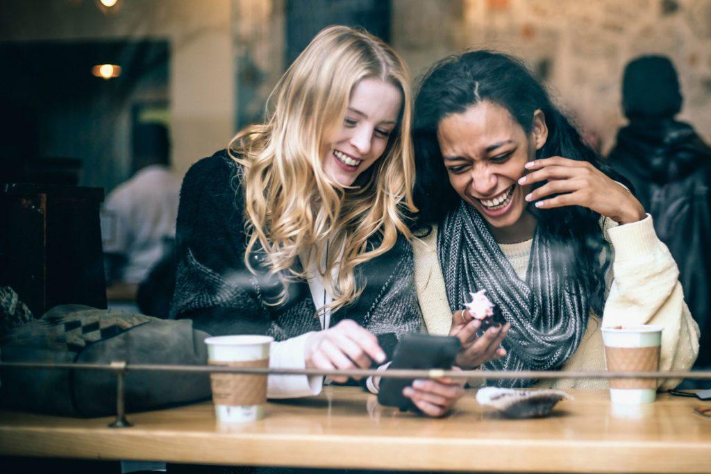 Les introvertis sont de bons amis