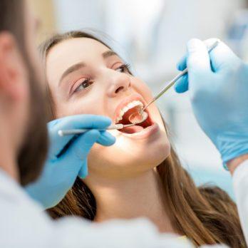 Cancer de la bouche: 20 symptômes et signes du cancer buccal à ne jamais ignorer