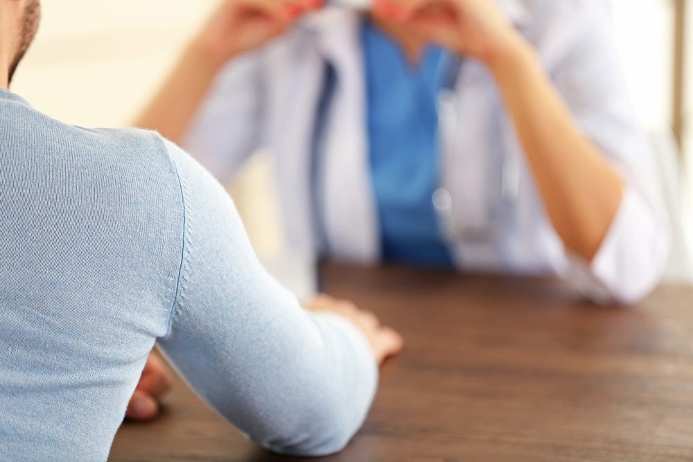 Des changements testiculaires peuvent aussi constituer un symptôme de cancer chez l'homme