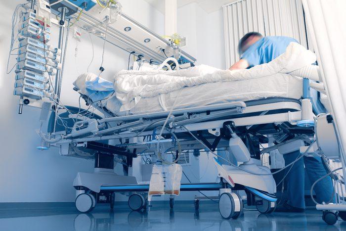 À propos des lits d'hôpital par personne.