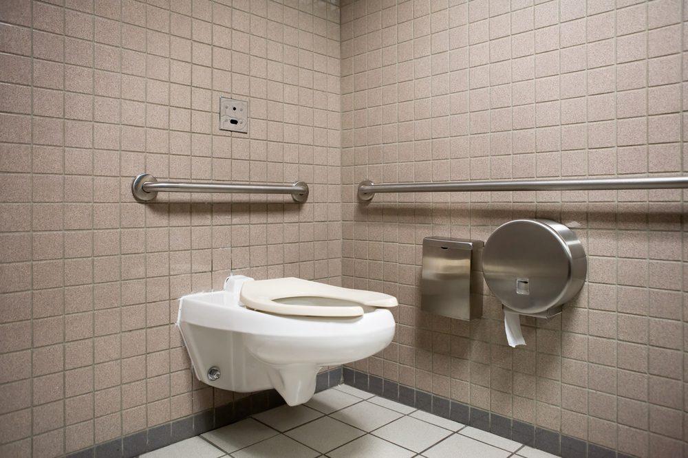 Ce ne sont pas les sièges des toilettes publiques qui sont le plus à craindre