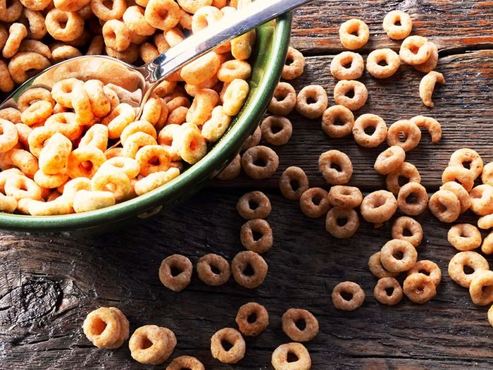 Les céréales en boîtes sont des aliments à éviter.