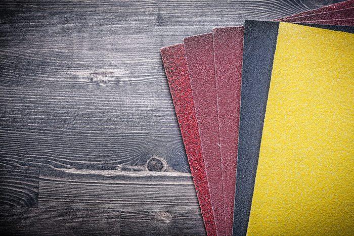 Découvrez les vertus du papier abrasif