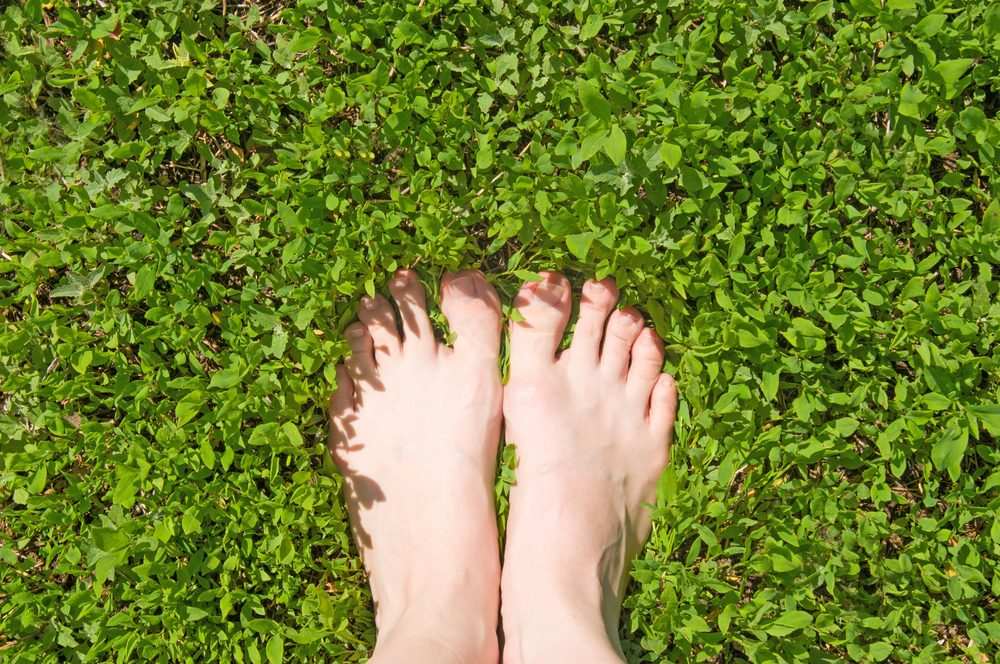 Courir pieds nus est possible.
