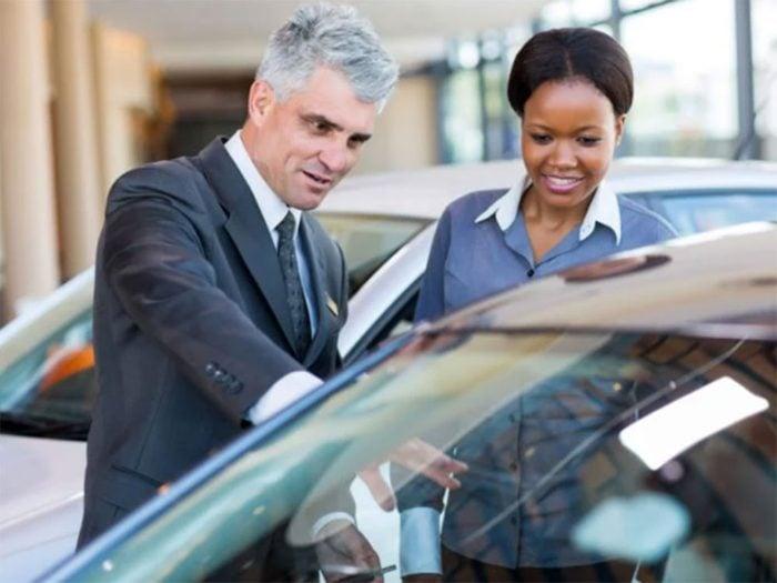 Ne magasinez pas à un seul endroit si vous souhaitez acheter une voiture.