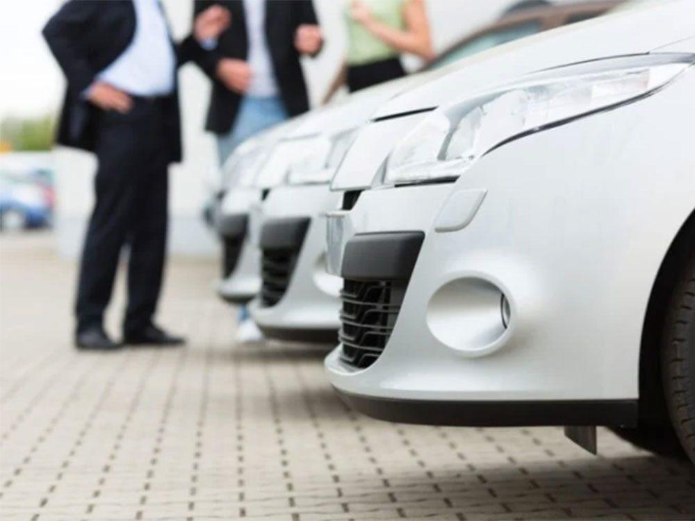 Ne parlez pas de reprise si vous voulez acheter une voiture.