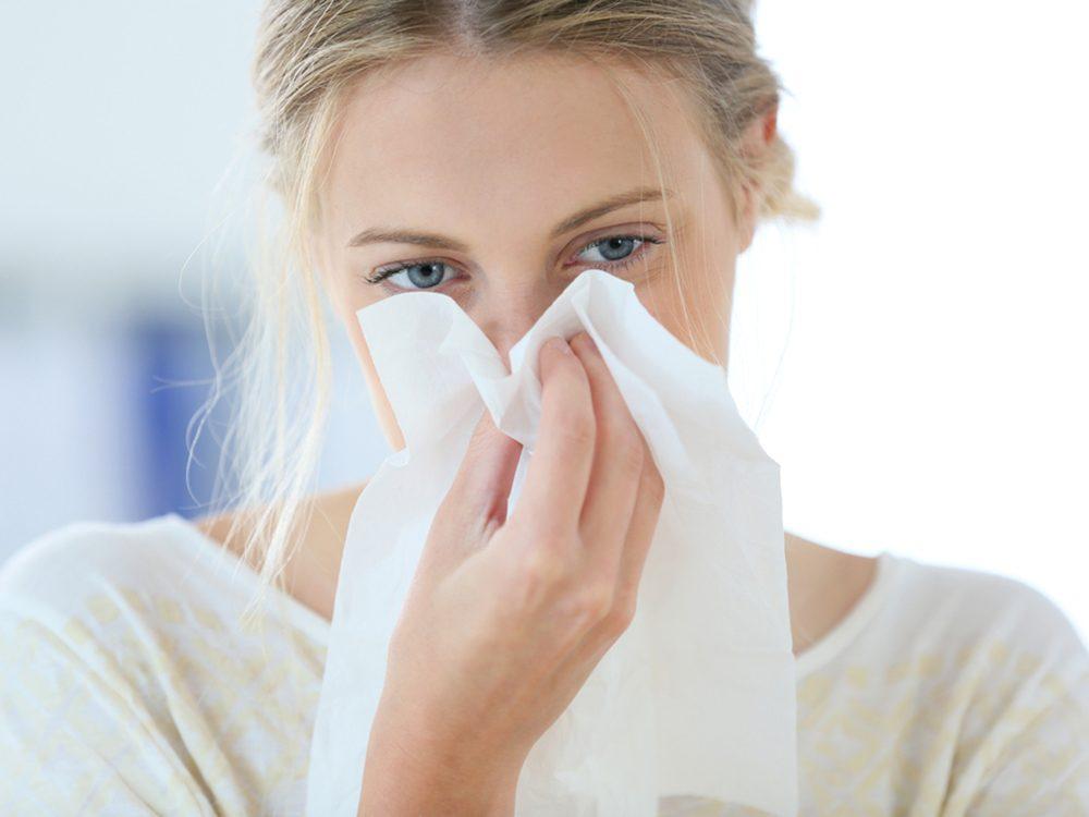 Boire de l'eau vous permet de mieux combattre le rhume.