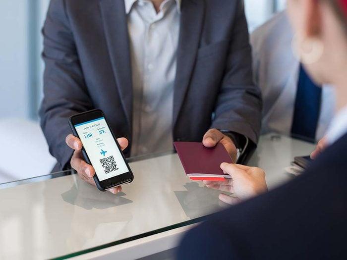 Apporter une copie virtuelle des documents important dans sa valise.