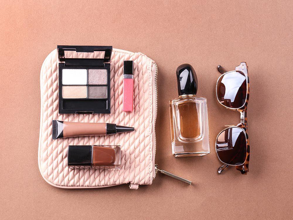 comment faire sa valise 50 trucs retenir pour un bagage. Black Bedroom Furniture Sets. Home Design Ideas