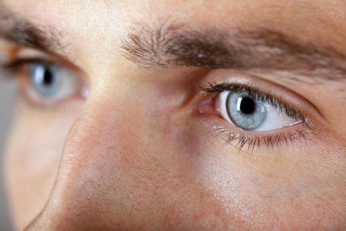 Corps humain : la couleur des yeux en dit long sur votre état de santé.