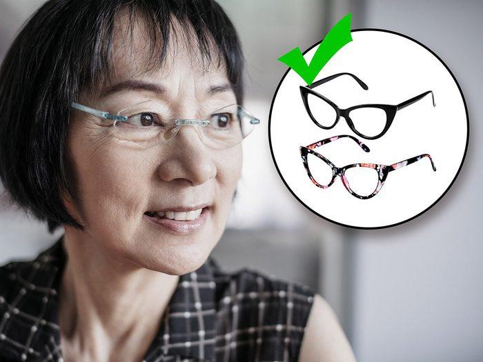 Acheter ses lunettes à la pharmacie fait partie des erreurs de style qui vous vieillissent.