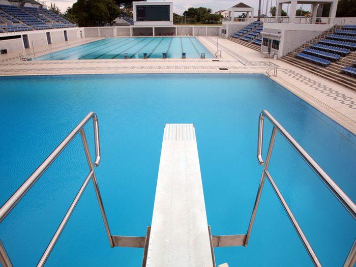 Revivre l'été de votre enfance en plongeant dans la piscine.Revivre l'été de votre enfance en plongeant dans la piscine.