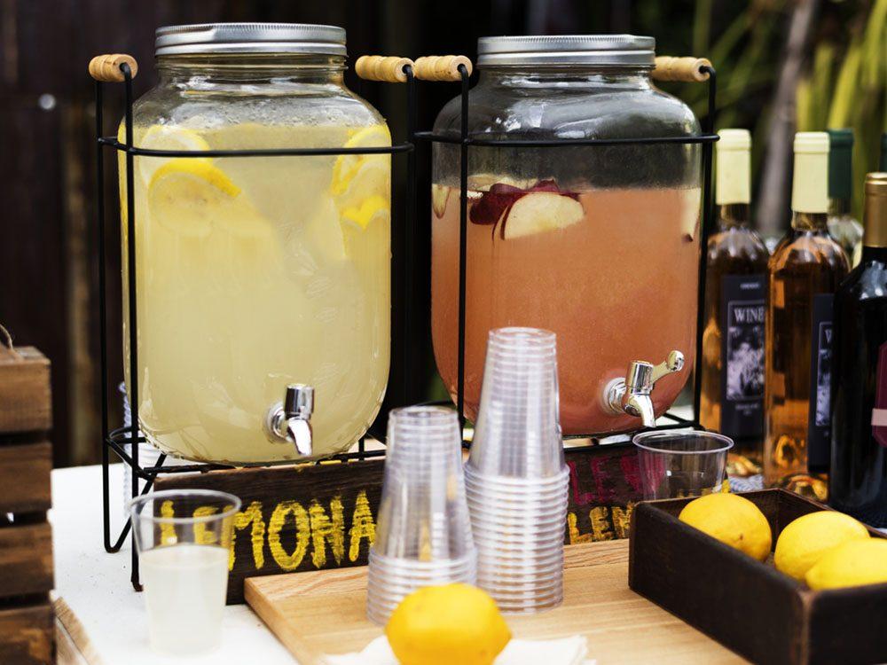 Revivre l'été de votre enfance en vendant de la limonade.