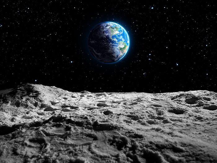 La formation de la lune.