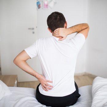 Des fractures non détectées causeraient le mal de dos