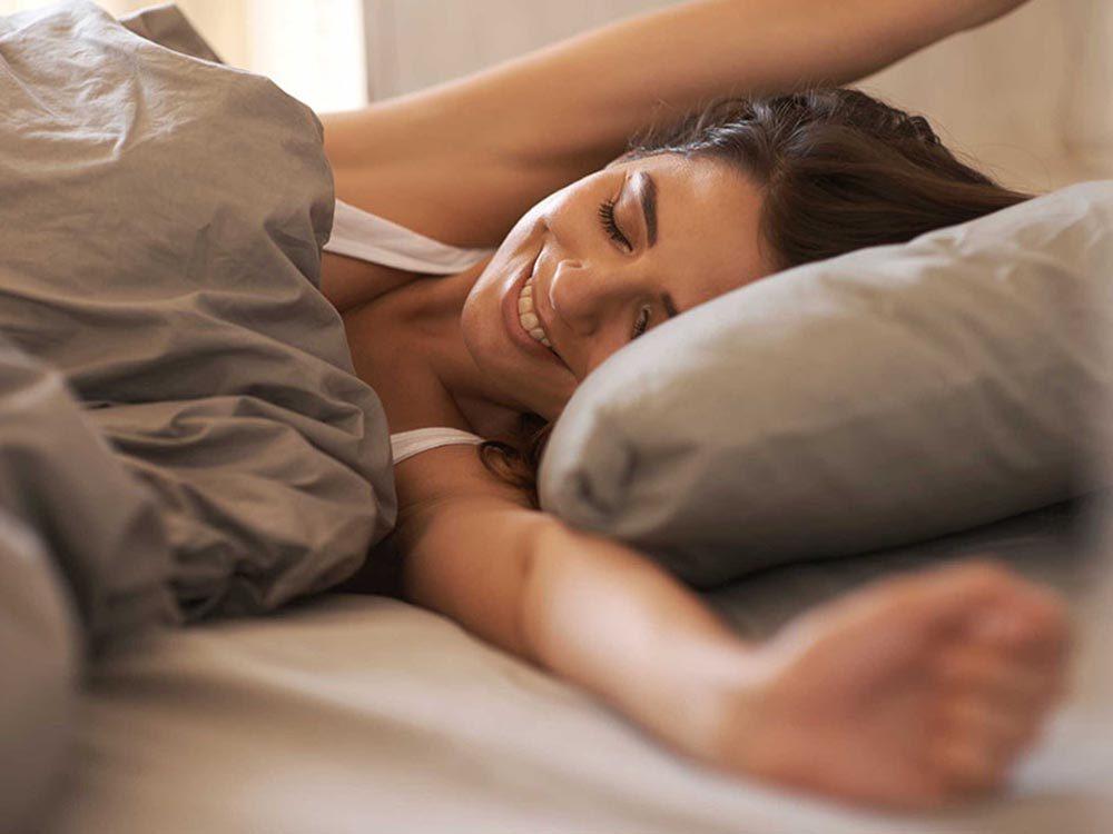 Les causes de la mauvaise haleine du matin.