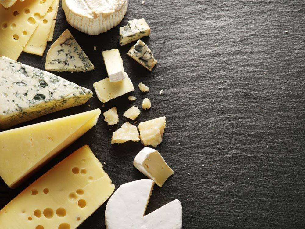 Le fromage aide à lutter contre la mauvaise haleine.