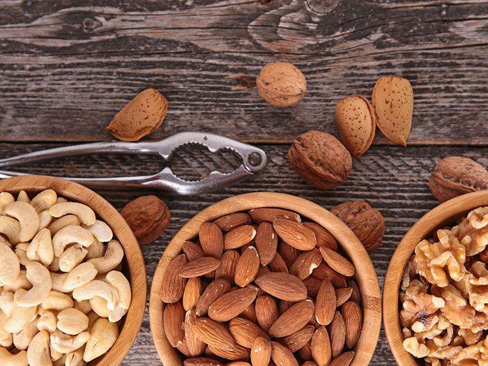 L'une des vertus des noix est la diminution du stress.