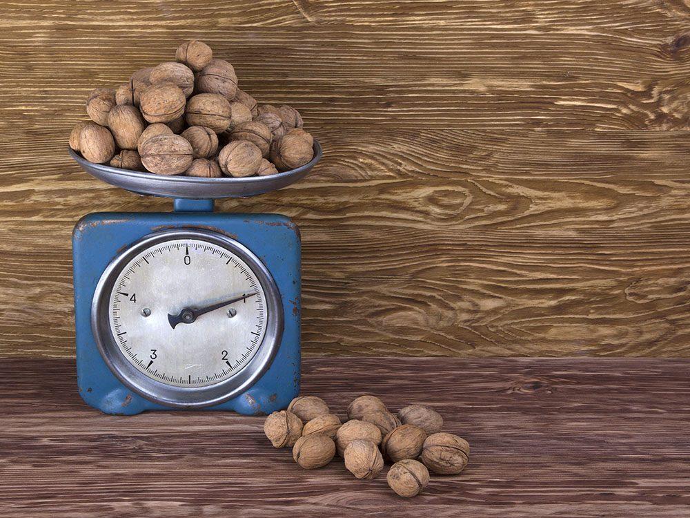 Vertus des noix: source de protéineset de fibres, elles gardent le corps en bonne santé.