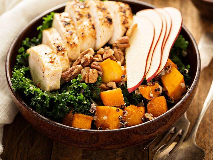 On aime les vertus des noix, mais aussi leurs diverses saveurs dans des plats cuisinés.