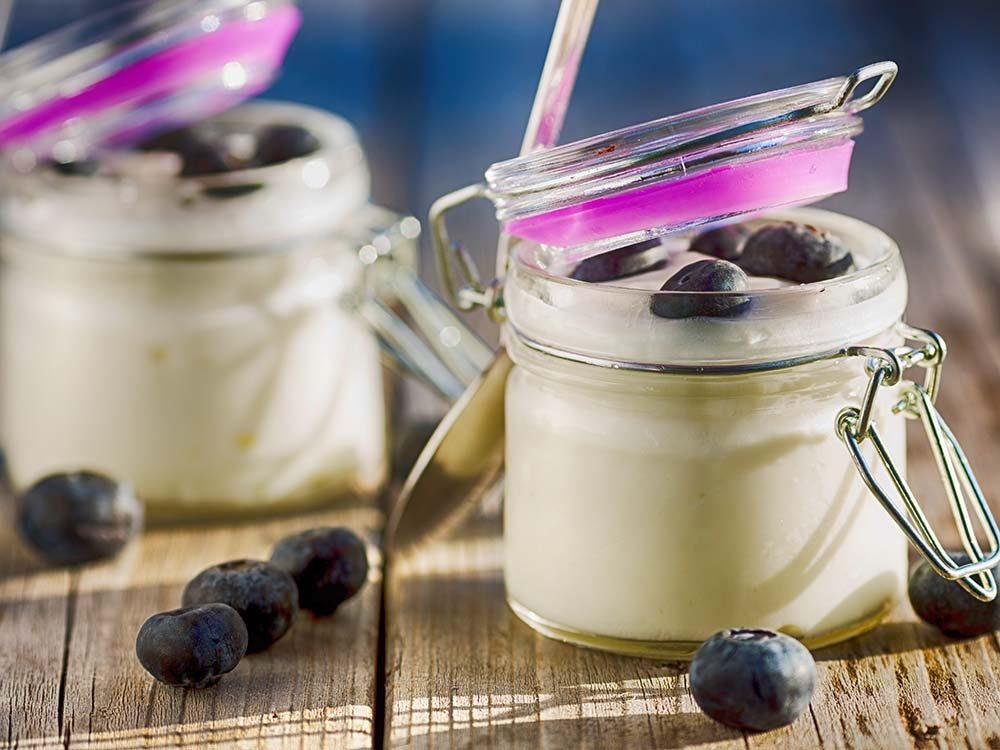 Pour une bonne vision, prenez un dessert composé de bleuets et de yogourt.