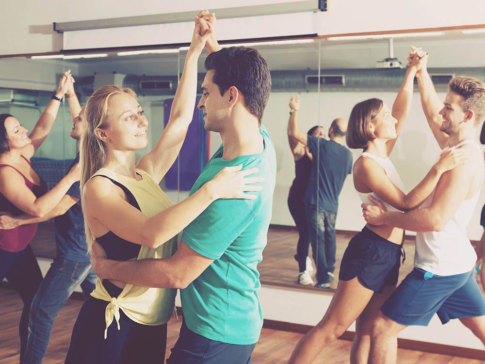 Activités estivales: inscrivez-vous dans un cours de danse.