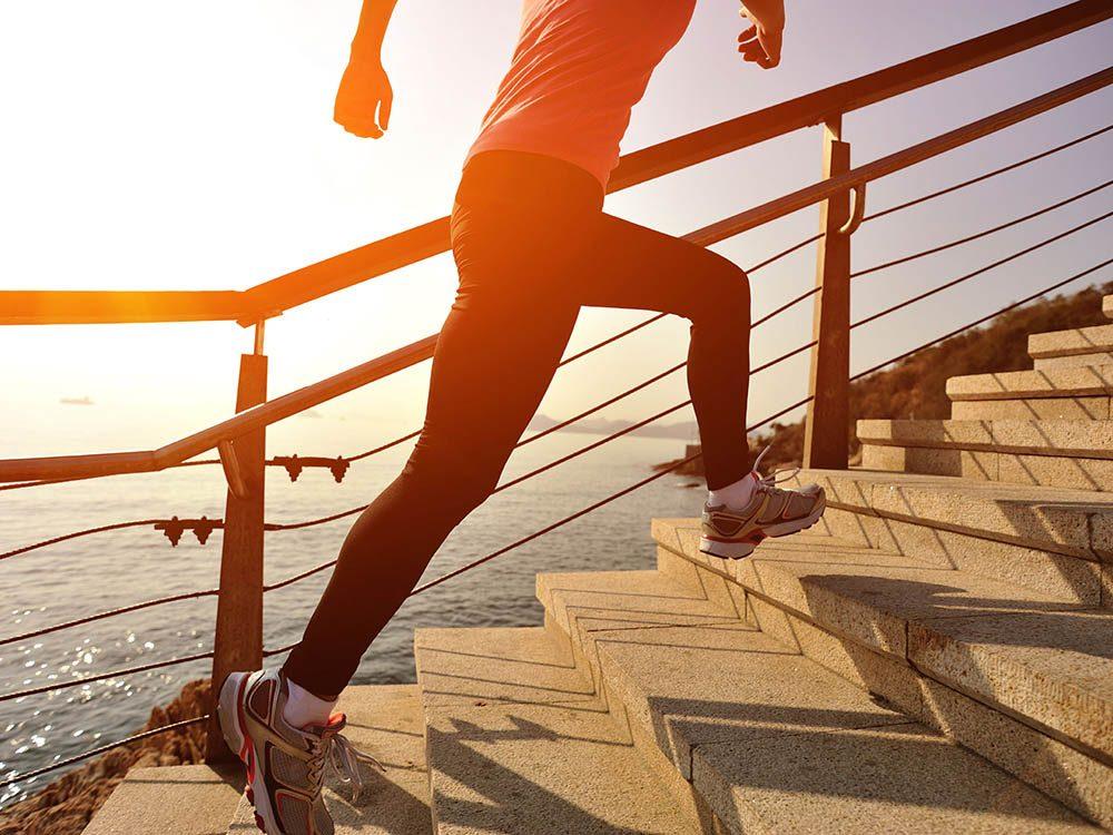 Activités estivales: faites du sport de plein air.