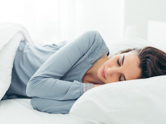 Bienfaits des cerises: elles facilitent le sommeil.