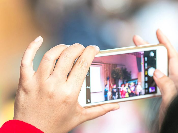 Reconvertissez votre cellulaire usagé en appareil photo.