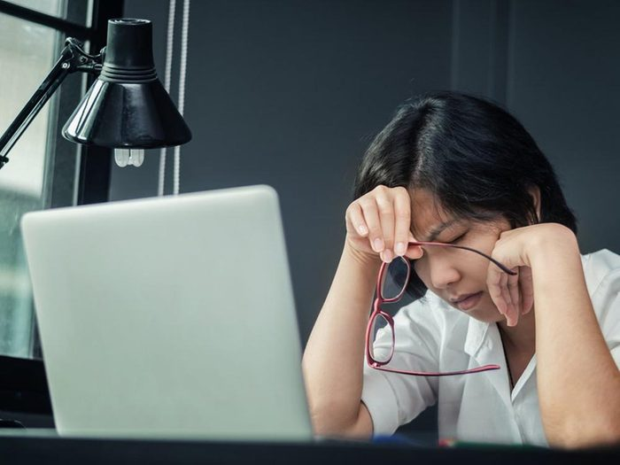 Vous subissez un climat de travail toxique si vous êtes le souffre-douleur du bureau.
